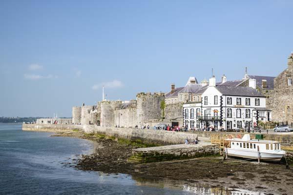 Holiday at Bath Tower, Caernarfon, Gwynedd | The Landmark Trust