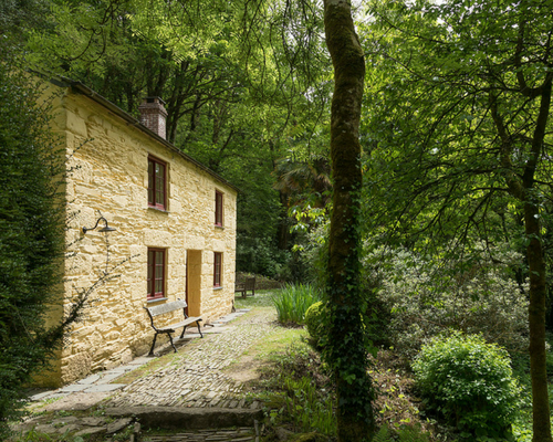 Frenchman's Creek - possibly the most romantic and secluded cottage in Cornwall